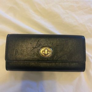 Coach Toggle Wallet